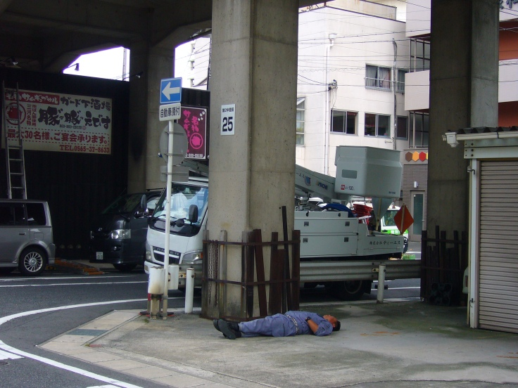 sleeping on the ground in japan 4