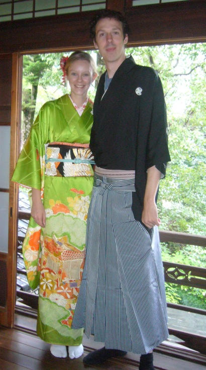 two gaijin wearing kimono