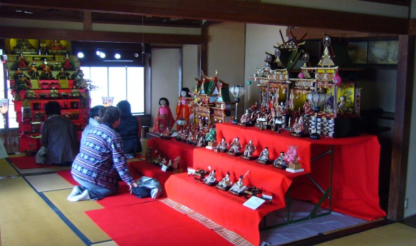 hina doll display