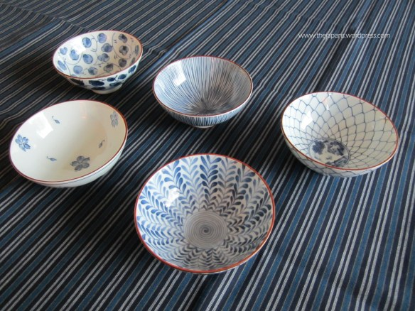 blue and white japanese rice bowls