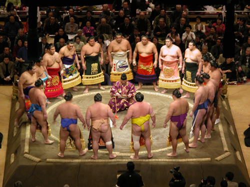 Sumo_ring_entering_ceremony