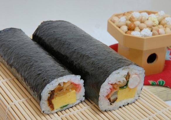 futomaki sushi roll for setsubun