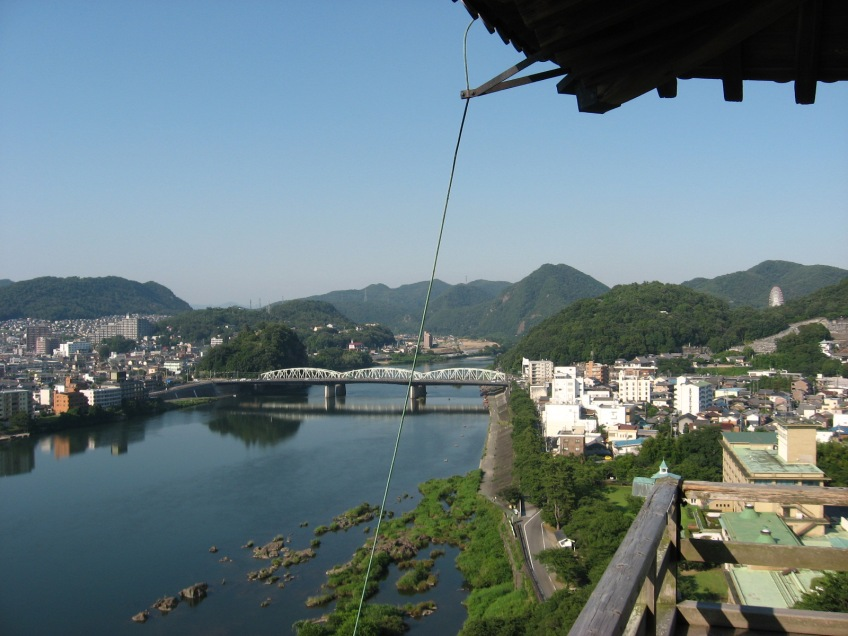 inuyama castle low railing